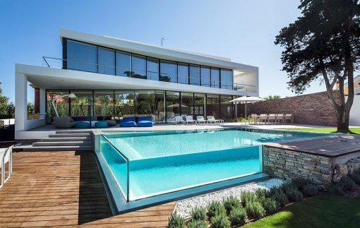 Glass-Windows-Swimming-pool