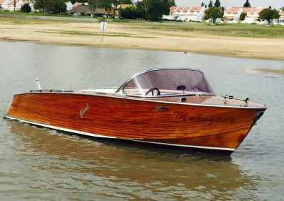 boat-vaal-glass-wood