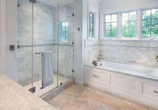 frameless-Shower-Doors-glass-closed